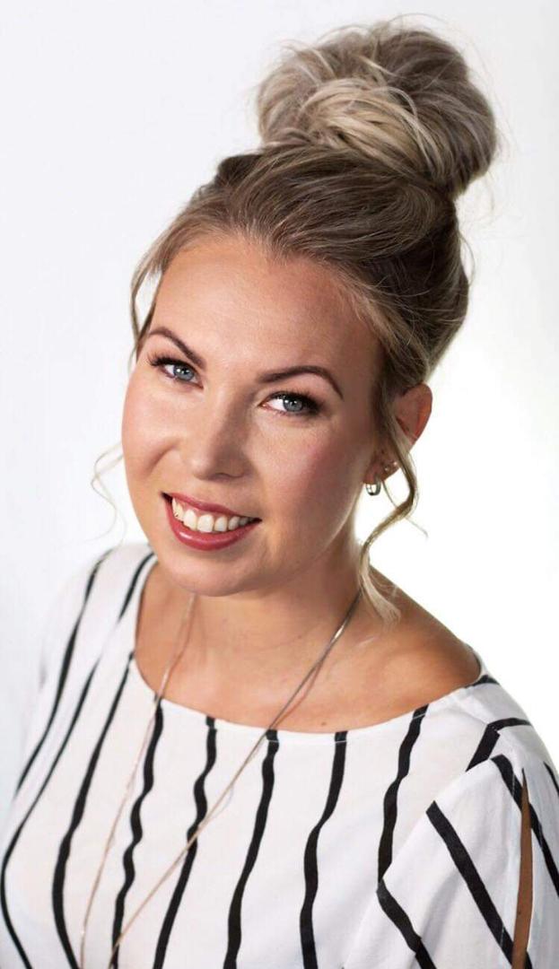 Parturi-kampaaja Heidi